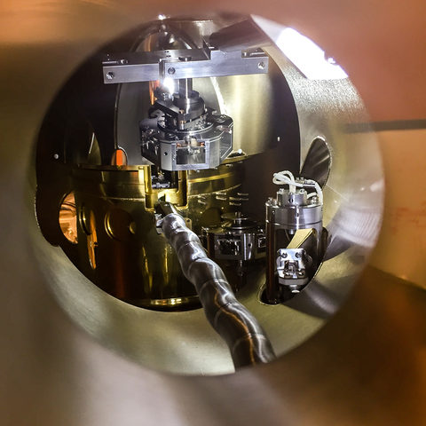 Inside a scanning tunneling microscope