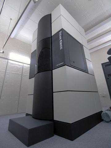 分子構造解析電子顕微鏡Titan Krios