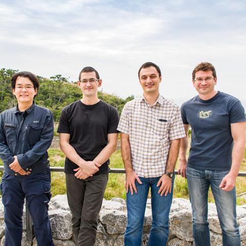 量子ダイナミクスユニットの研究者ら